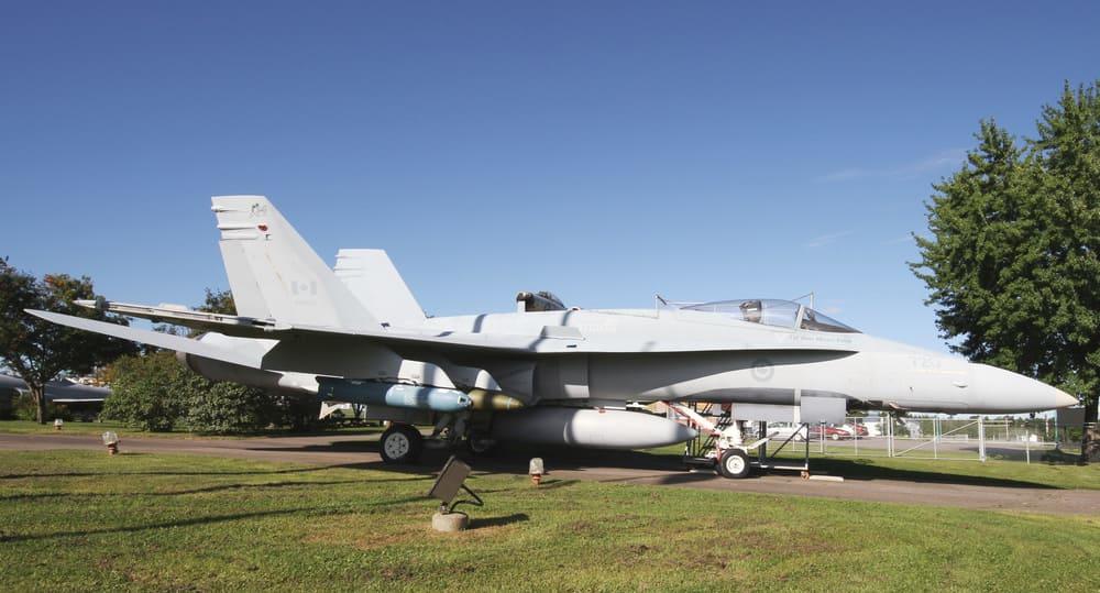 Chasseur CF-18 Hornet