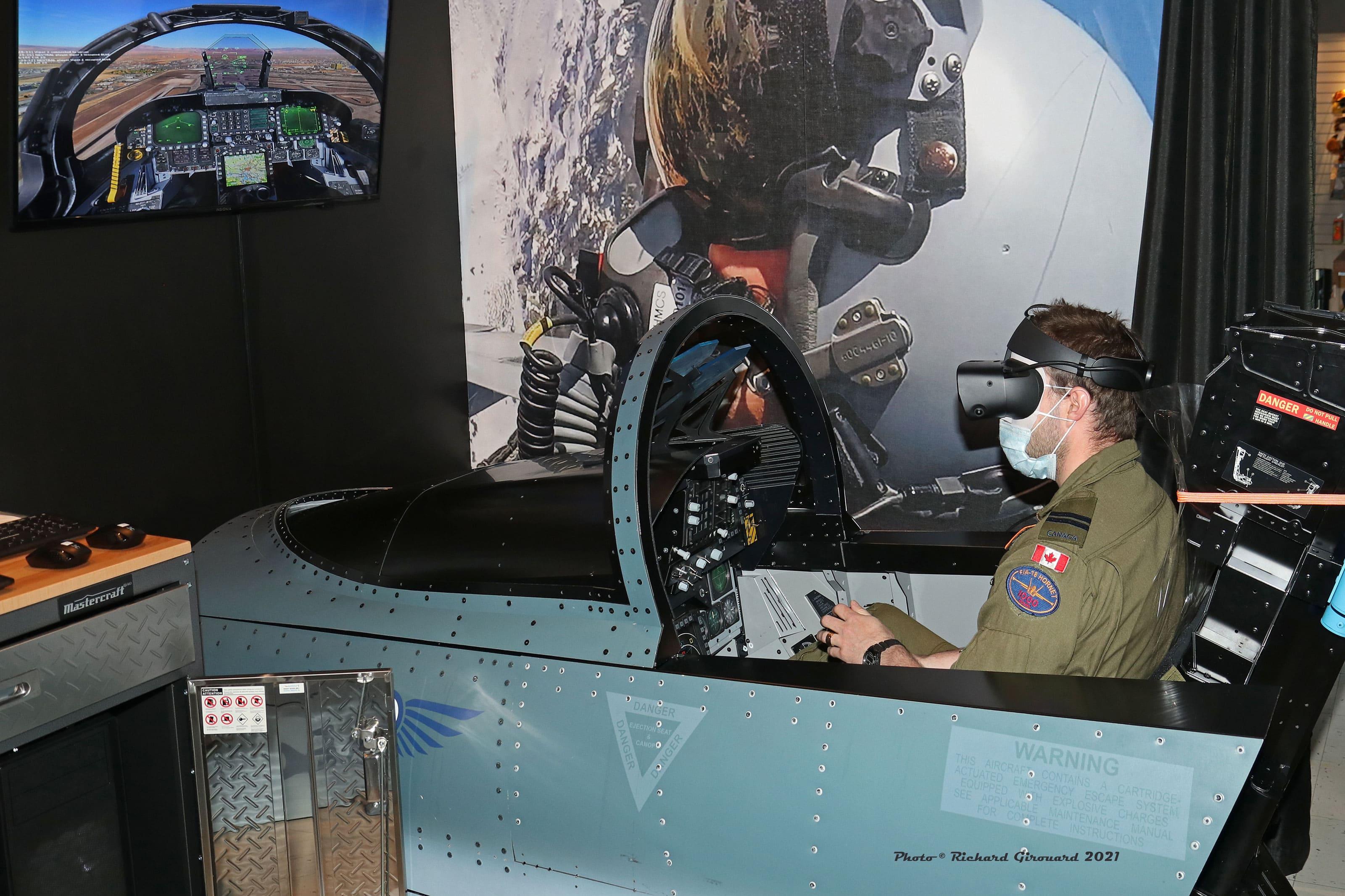 Simulateurs de CF-18 Hornet - Musée de la défense aérienne